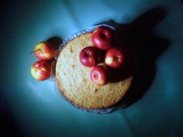 Apple cake, almond