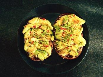 avocado toast, chili and lime, avokadomacka
