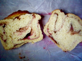 vanilla and lingonberry babka