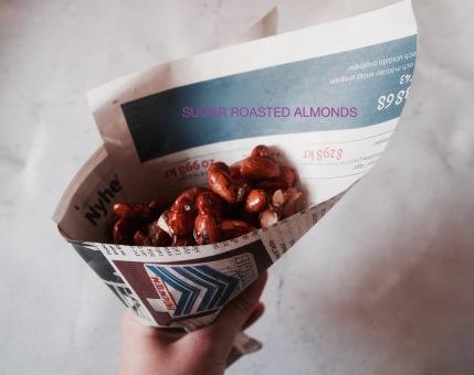 Homemade sugar roasted almonds