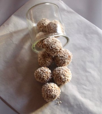 Havrebollar / Coconut and oatmeal bites
