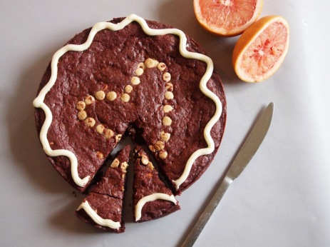 red velvet cookie cake with cream cheese frosting/grapefruit